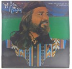 Willie Nelson - Don't You Ever Get Tired Of Hurting Me