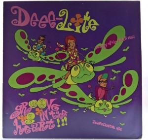 Deee-Lite - Groove Is In The Heart